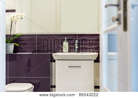 Deatil Of Modern Luxury Bathroom