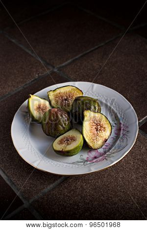Fresh Ripe Figs.