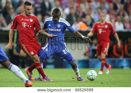 MUNICH, GERMANY May 19 2012. Bayern's German defender Diego Contento and Chelsea's Ivory Coast forward Salomon Kalou in action during the 2012 UEFA Champions League Final