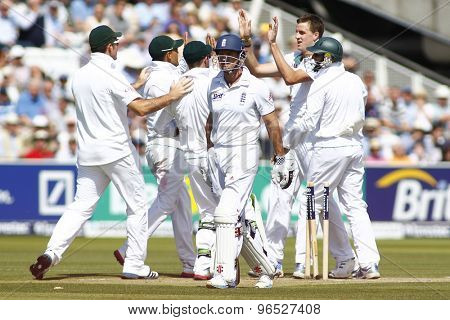LONDON, ENGLAND. AUGUST 17 2012 England's Andrew Strauss walks off after being dismissed by South Africa's Morne Morkel during the third Investec cricket  test match between England and South Africa