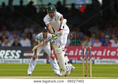 LONDON, ENGLAND. AUGUST 19 2012South Africa's Dale Steyn batting  during the third Investec cricket  test match between England and South Africa, at Lords Cricket Ground