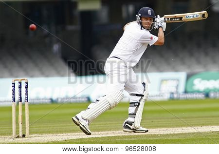LONDON, ENGLAND. AUGUST 20 2012 England's Jonathan Trott edges past the slips for four runs during the third Investec cricket  test match between England and South Africa, at Lords Cricket Ground