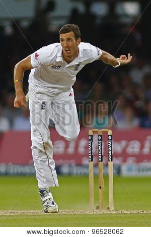 LONDON, ENGLAND. AUGUST 19 2012 England's Steven Finn bowling during the third Investec cricket  test match between England and South Africa, at Lords Cricket Ground