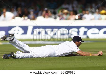 LONDON, ENGLAND. AUGUST 19 2012 England's Steven Finn fielding during the third Investec cricket  test match between England and South Africa, at Lords Cricket Ground