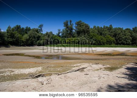 Drought - River Dried Up-global Warming