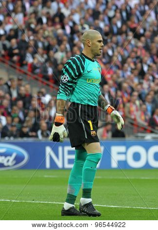 LONDON, ENGLAND. May 28 2011: Barcelona's goalkeeper Victor Valdes during the 2011UEFA Champions League final between Manchester United and FC Barcelona, at Wembley Stadium