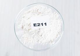 foto of decomposition  - E211 Sodium benzoate - JPG