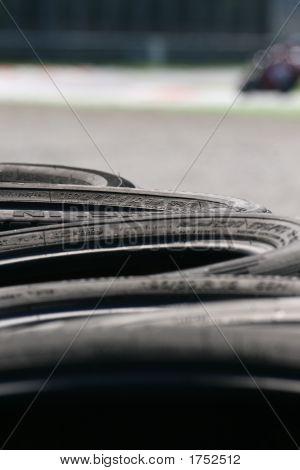 black tyres