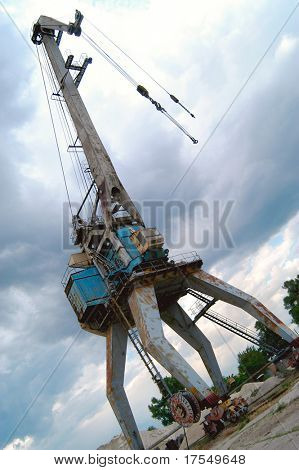 harbor crane working