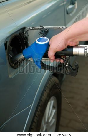Refuelling By Gasoline