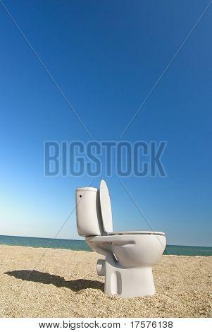 pan lavabo abierto en la playa