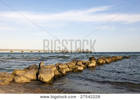 sea bridge of Gromitz, groin in foreground