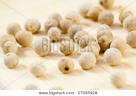 White Pepper Corns