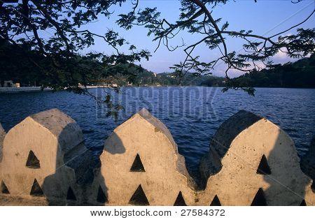 Lake Of Kandy Town