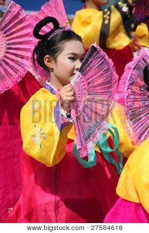 Practical Modern Dance In Otop Festival Season