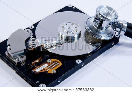 Festplatte Mit Stethoskop