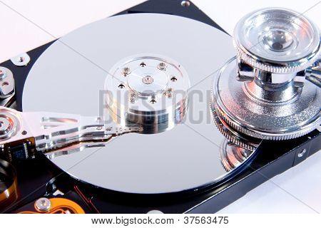 Festplatte Mit Stethoskop Mit Rotem Lichtschimmer