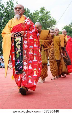 Budistas rezan
