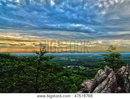 Beautiful Scenery From Crowders Mountain In North Carolina