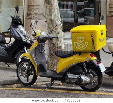 Post Spain Yellow Scooter
