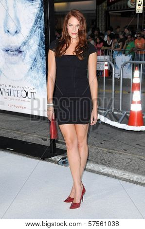 Amanda Righetti at the Los Angeles Premiere of 'Whiteout'. Mann Village Theatre, Westwood, CA. 09-09-09