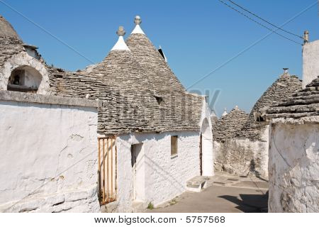 Glimpse Of Alberobello