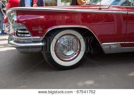 Car wheel of Buick on show of collection Retrofest cars