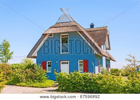 Vacation Home, Thatched-roof House