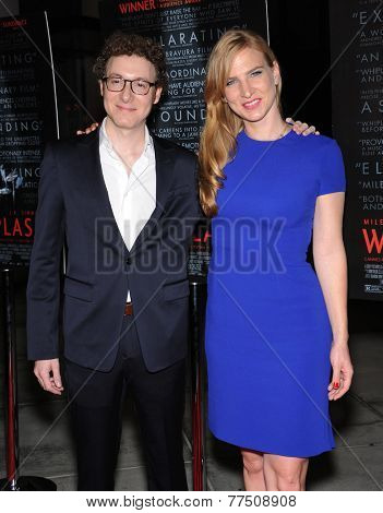 LOS ANGELES - OCT 06:  Nick Britell & Helen Estabrook arrives to the