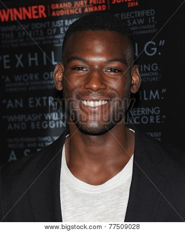 LOS ANGELES - OCT 06:  Kofi Siriboe arrives to the