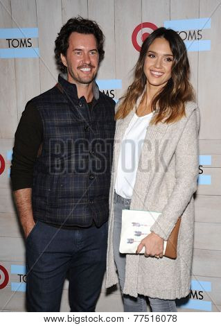 LOS ANGELES - NOV 12:  Blake Mycoskie & Jessica Alba arrives to the TOMS for Target Partnership Celebration on November 12, 2014 in Culver City, CA