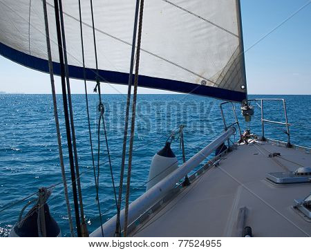 Yacht Sailboat Sailing Sailboat In The Blue Ocean