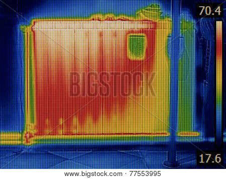 Air Gap in Radiator Heater Thermal Image