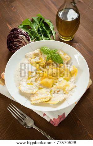 Tortelli stuffed with radicchio