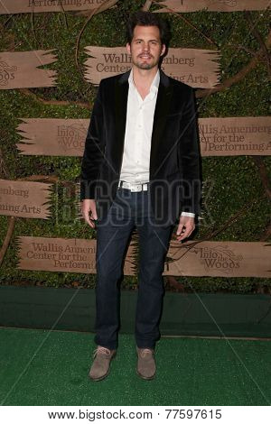 LOS ANGELES - DEC 3:  Kristoffer Polaha at the Opening night of Oregon Shakespeare Festival