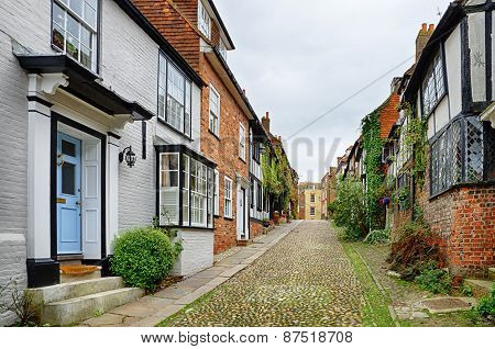 Cobbled street in the English town of Rye