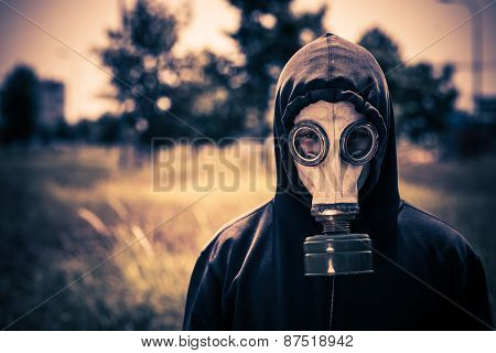 Guy in gas-mask