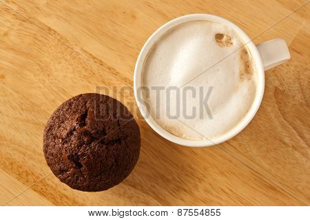 Cafe latte and a muffin