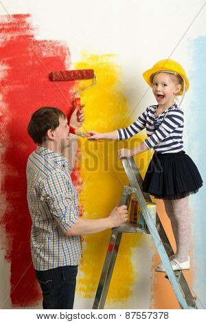 Family fun during wall painting