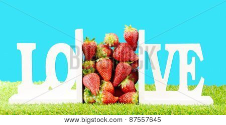 We Love Strawberry