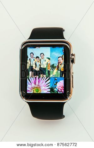Apple Watch with Photo app