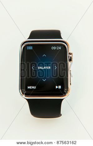 Apple Watch showing remote control app