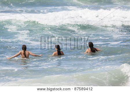 Girls Boy Swimming Beach