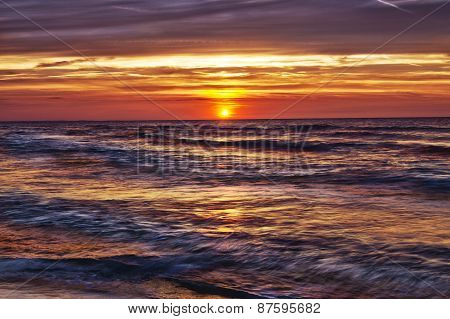 Hdr Image Of  Sunset Over The Sea