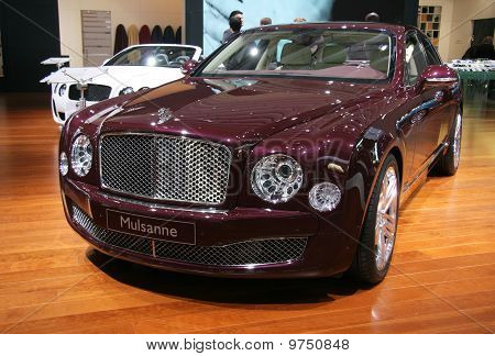Bentley Mulsanne At Paris Motor Show 2010