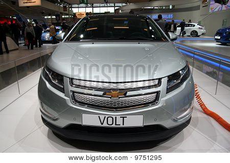 Chevrolet Volt Front View At Paris Motor Show