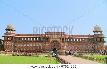 jahangiri mahal palace in agra fort