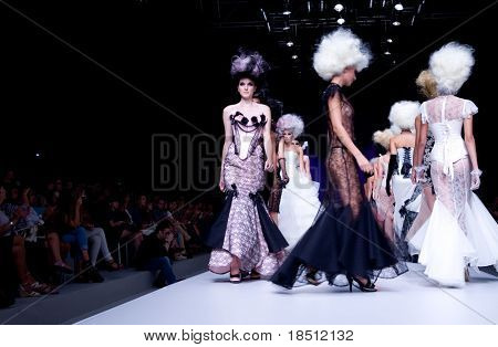 VALENCIA, SPAIN - SEPTEMBER 1: Models on the catwalk wear Maya Hansen design for the Valencia Fashion Week on September 1, 2010 in Valencia, Spain.