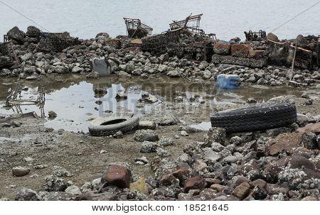 Müll an Küste