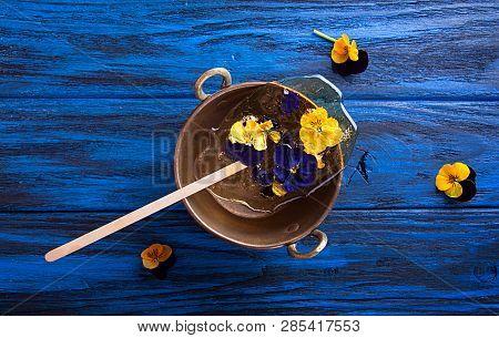 Beautiful Lollipop Caramel With Edible